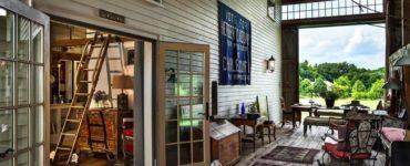 barn-restoration-farmhouse-deck