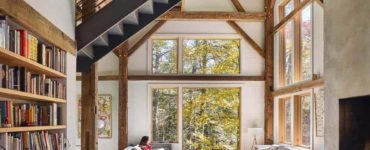 bunkhouse-rustic-living-room