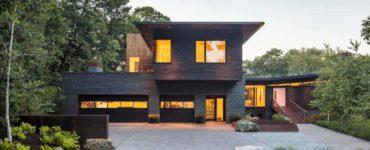 modern-lakefront-home-exterior