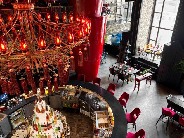 Projet de design de restaurant par Anastasia Panibratova à l'hôtel Radisson Collection à Moscou, Russie