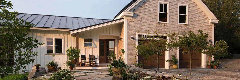 barn-farmhouse-traditional-exterior
