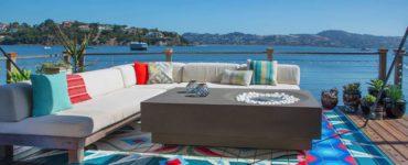 houseboat-eclectic-deck