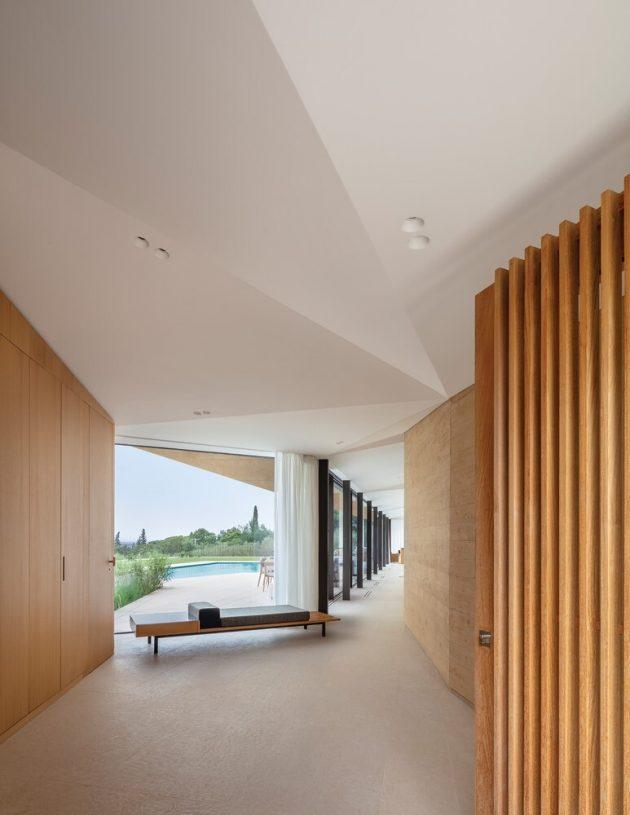 Villa Varoise par NADAA en France