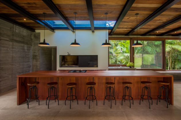 Lounge Y par Nommo Arquitetos à Florianopolis, Brésil