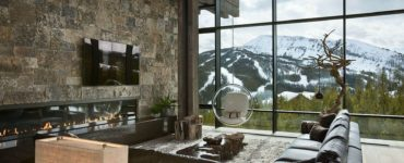 contemporary-mountain-chalet-living-room