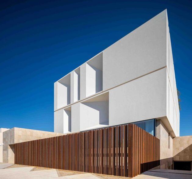 Reborn House par Alhumaidhi Architects à Al-Bidea, Koweït