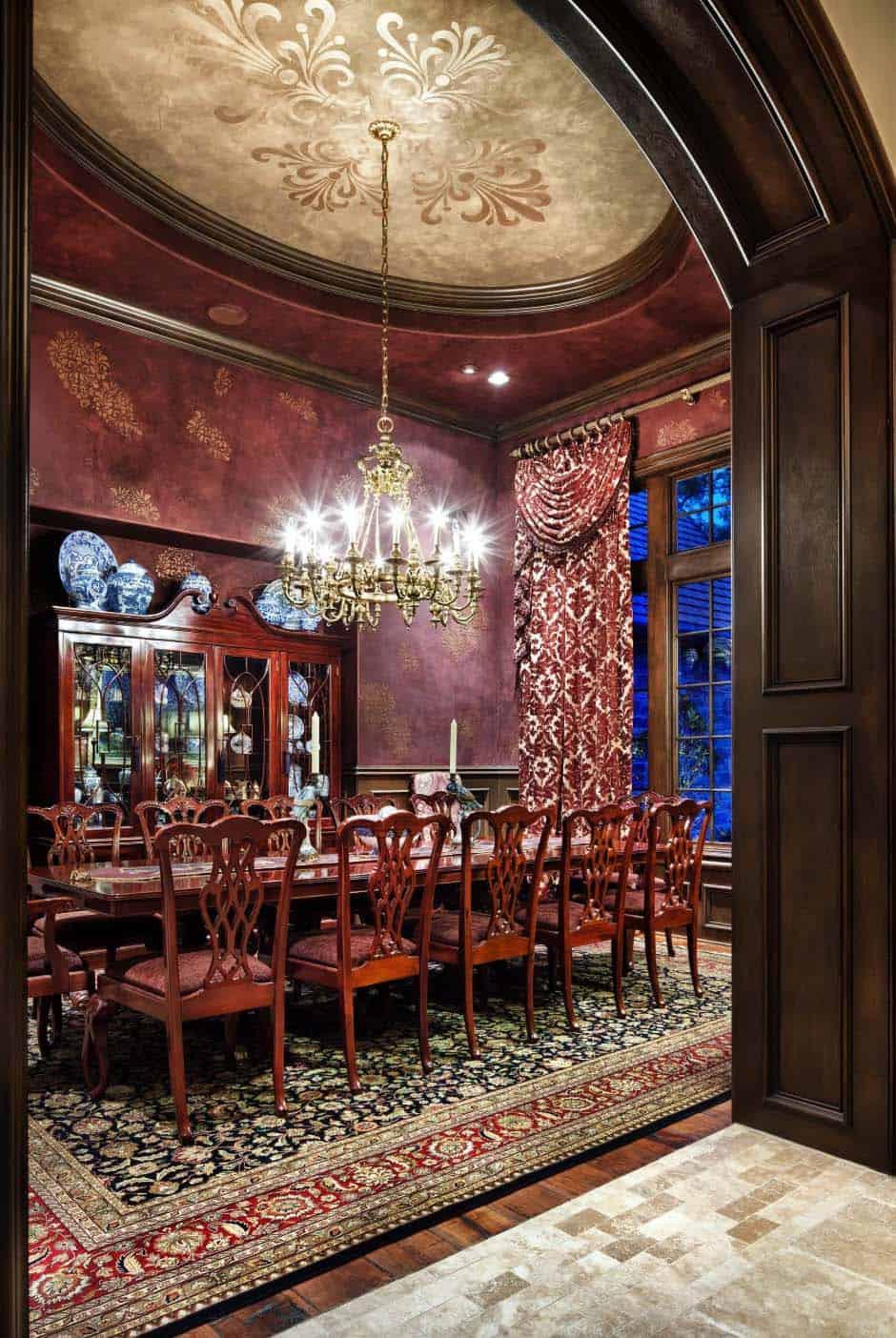 salle-a-manger-traditionnelle-manoir-anglais