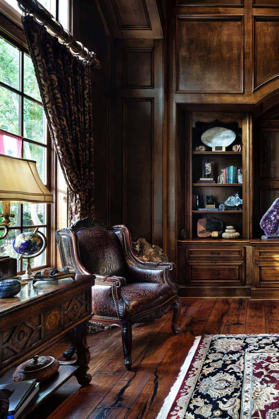manoir-anglais-traditionnel-home-office