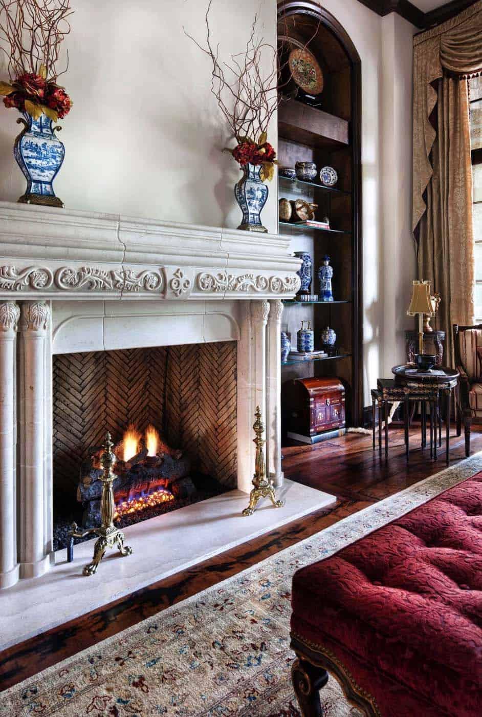 manoir-anglais-salon-traditionnel-cheminee