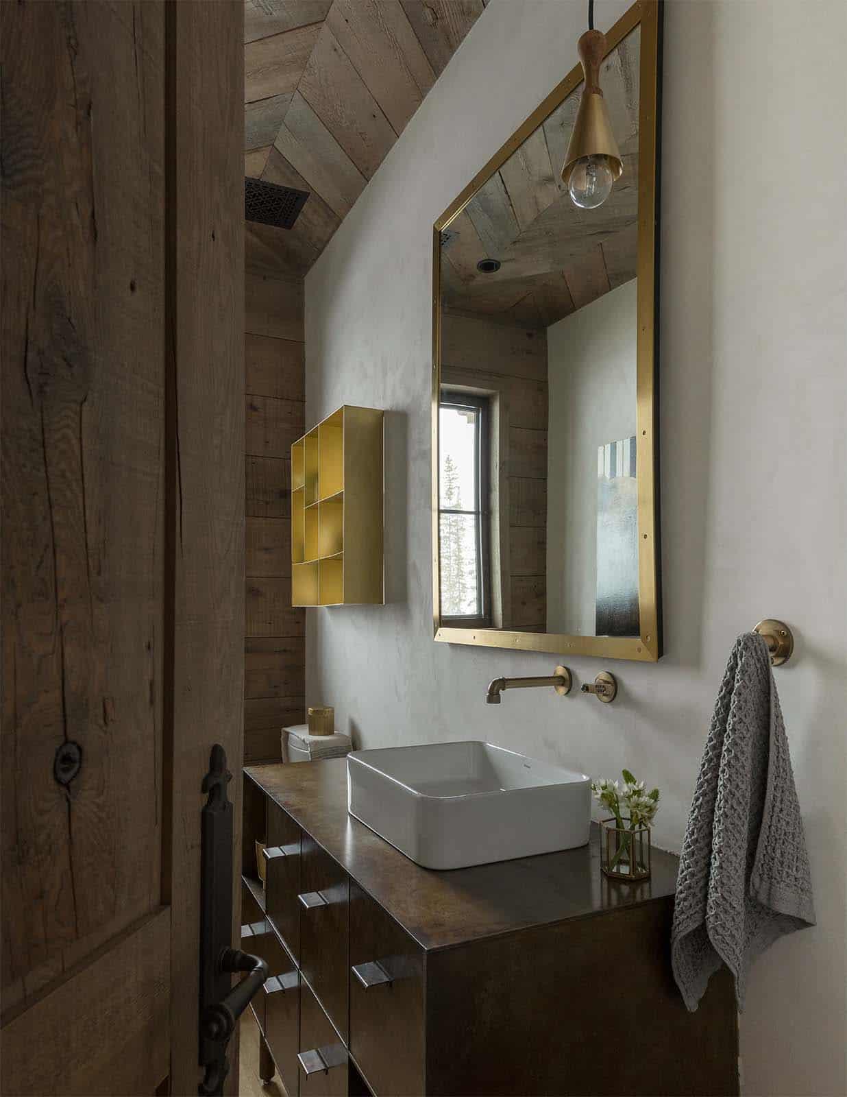 chalet-alpin-salle-de-bain-poudre
