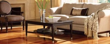 Your Guide To Decor Items That Look Good With Wooden Floors