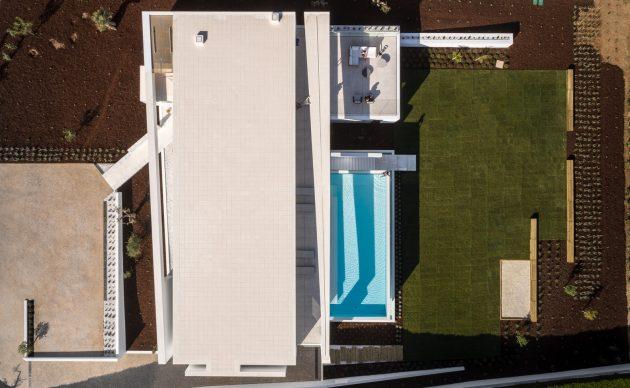 Maison Carrara par Mario Martins Atelier à Praia da Luz, Portugal