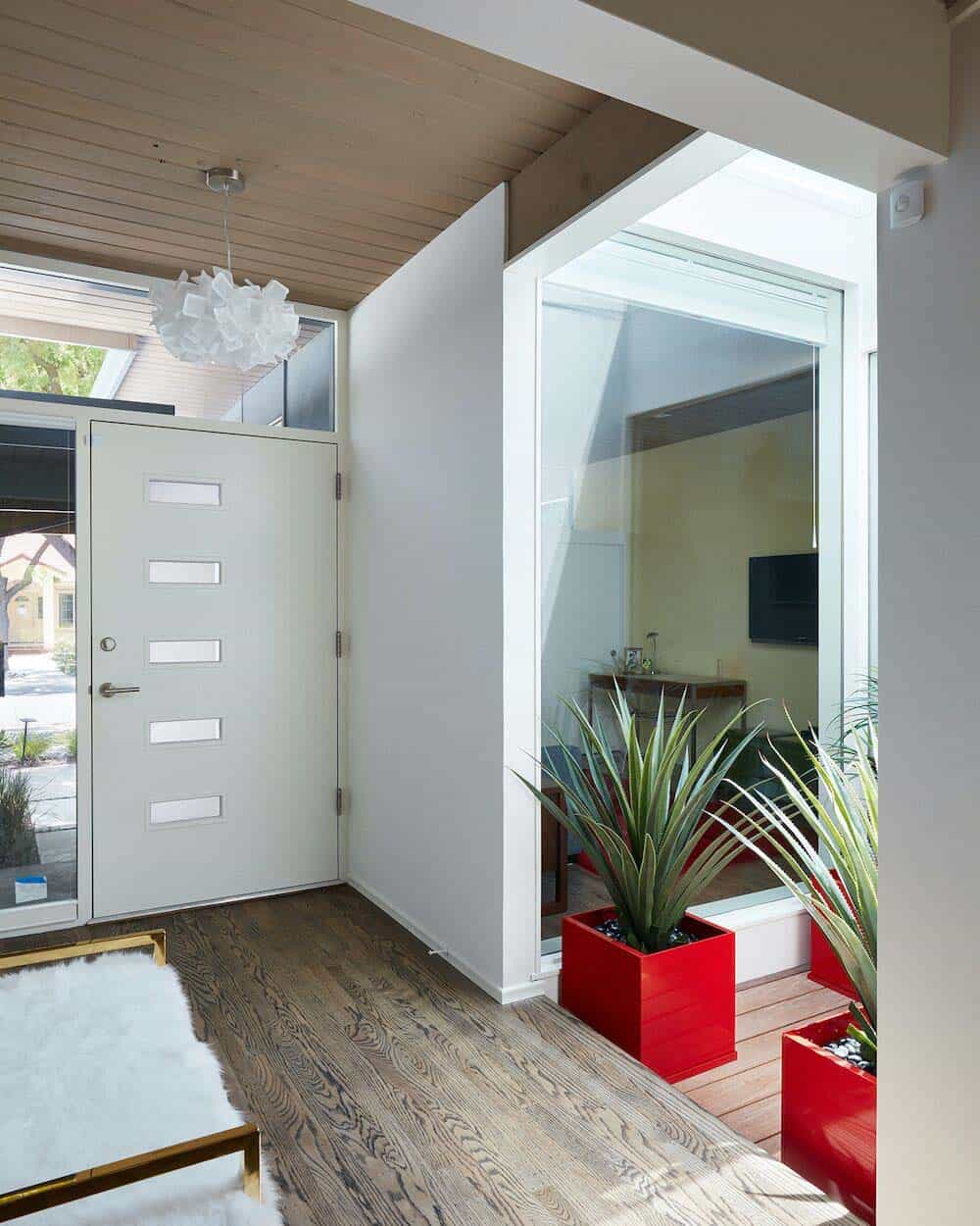 brown-and-kaufman-remodel-midcentury-entry