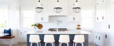 waterfront-beach-style-kitchen