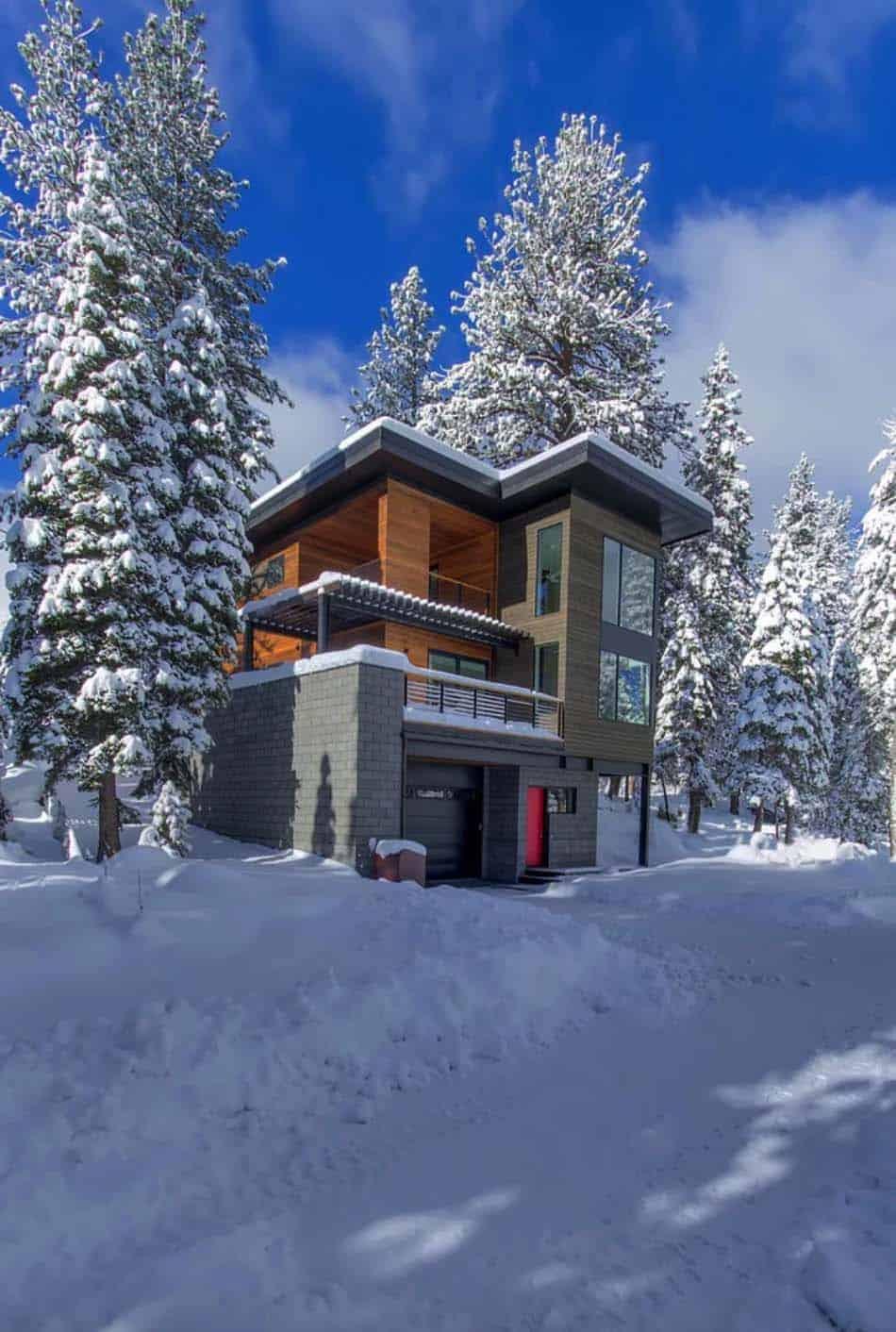 exterieur-de-maison-de-montagne-moderne-prefabriqué