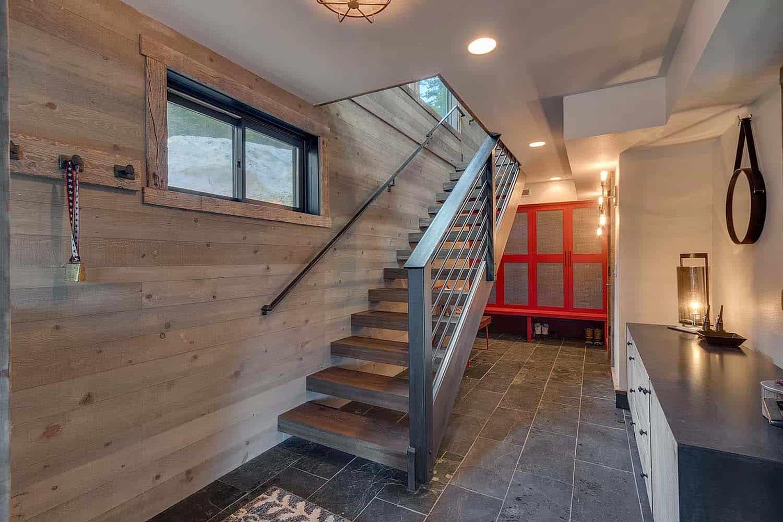 escalier-d-entrée-chalet-moderne-montagne