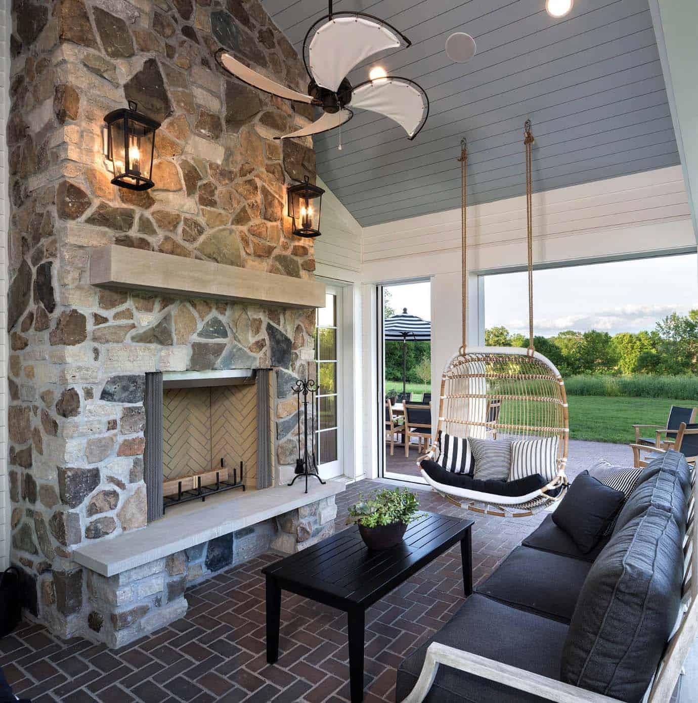 porche-de-style-traditionnel