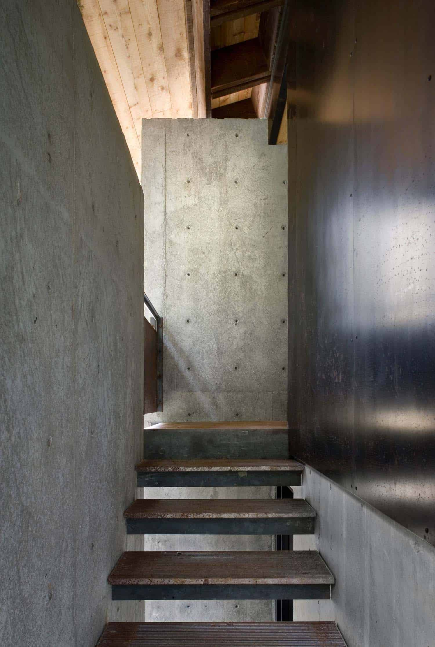 escalier-cabine-moderne-compact