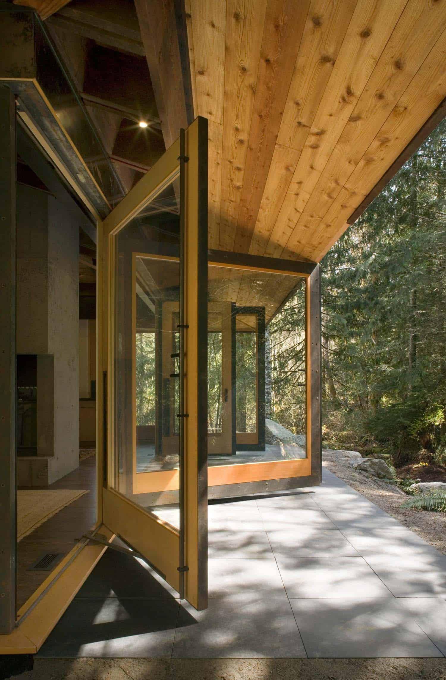 compact-modern-cabine-patio