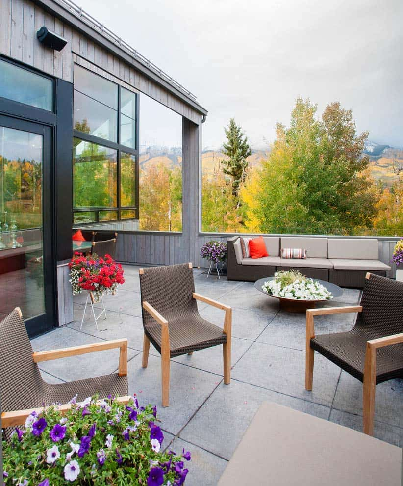 home-patio-montagne-contemporain