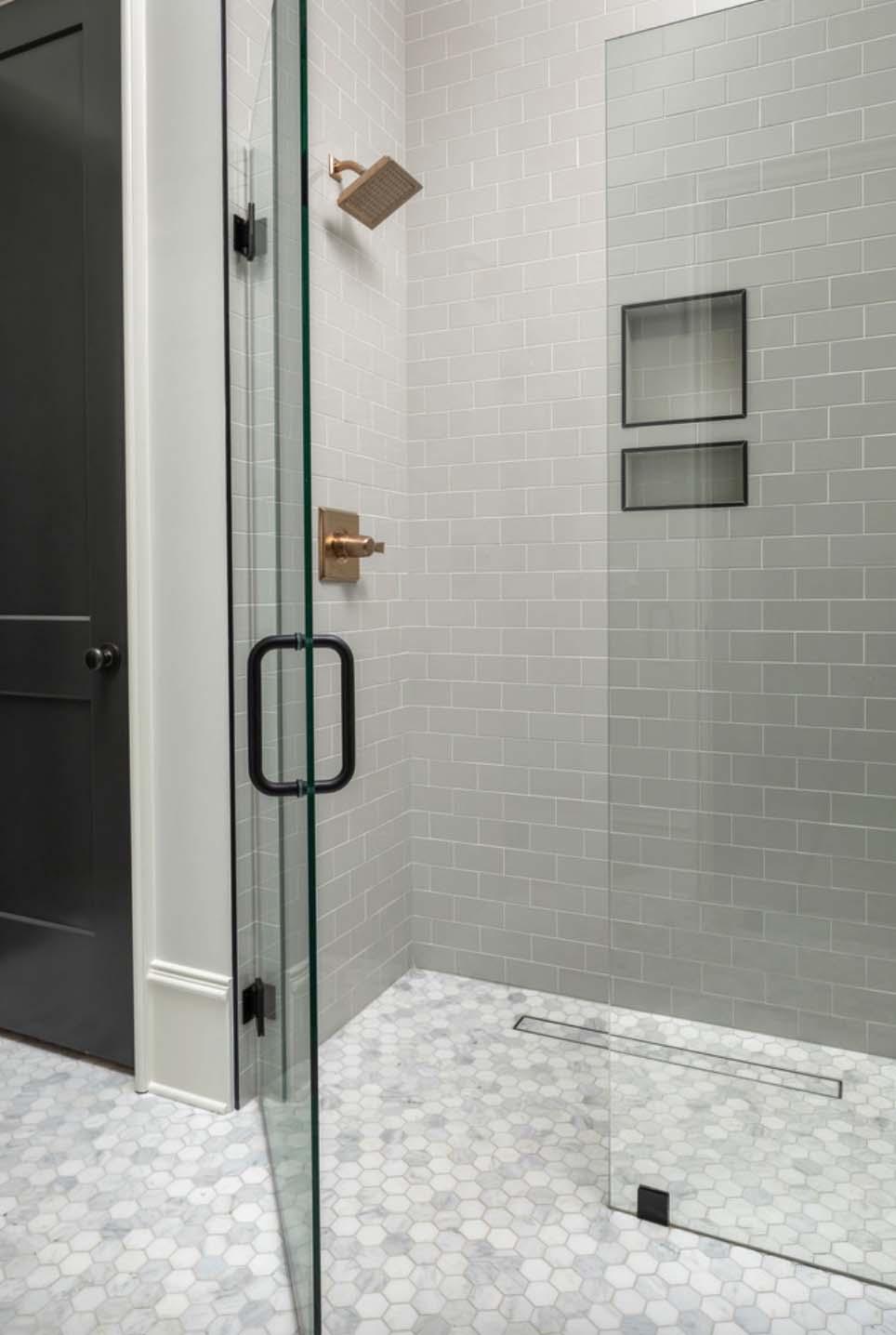 guest-bain-zero-entry-douche-transitionnelle