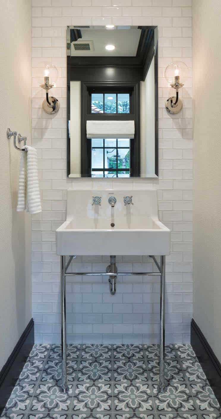 salle de bain en poudre style plage