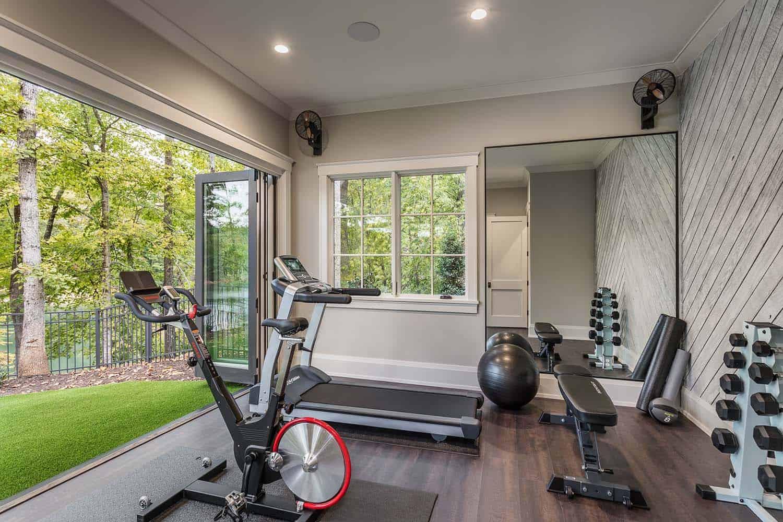 salle-de-gym-contemporaine-maison-modèle