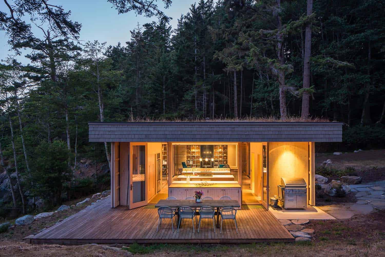 maison-rustique-exterieur-toit-vert