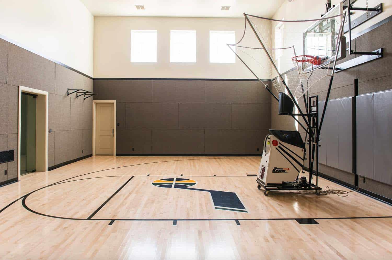 terrain-de-basket-traditionnel-home-gym