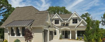 midwest-home-luxury-tour-beach-style-exterior