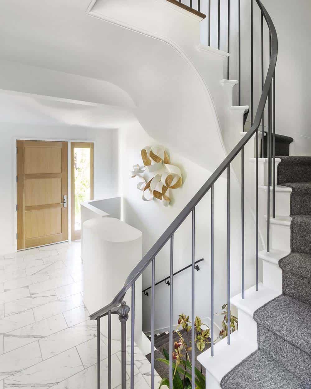 escalier-d-entree-contemporain