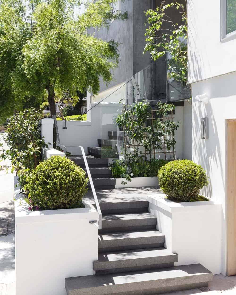 escalier-exterieur-maison-contemporaine