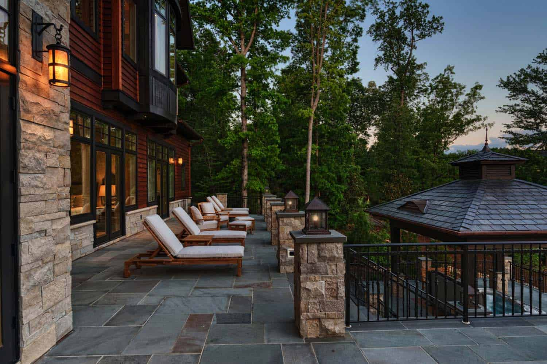 maison-lac-traditionnelle-patio