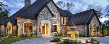 english-manor-traditional-exterior