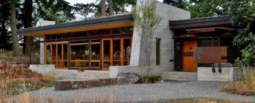modern-sustainable-retreat-exterior