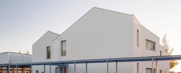The Colorful San Bernardo Elementary School by ARTE Tectonica in Aveiro, Portugal