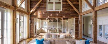 barn-style-coastal-home-living-room