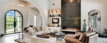 mixed-transitional-mediterranean-living-room