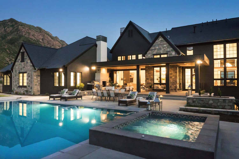 ferme-luxe-design-moderne-piscine