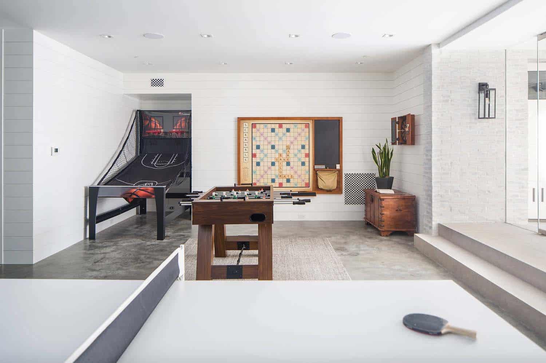 maison-de-plage-moderne-salle-de-jeu-style-plage