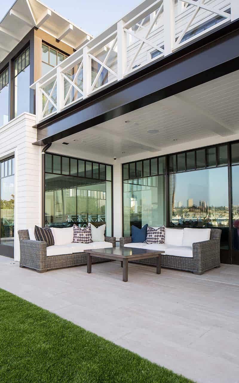 maison-de-plage-moderne-style-plage-exterieur-patio