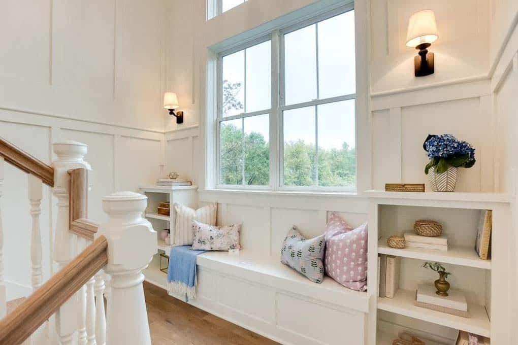siège-fenêtre-palier-escalier-style-ferme