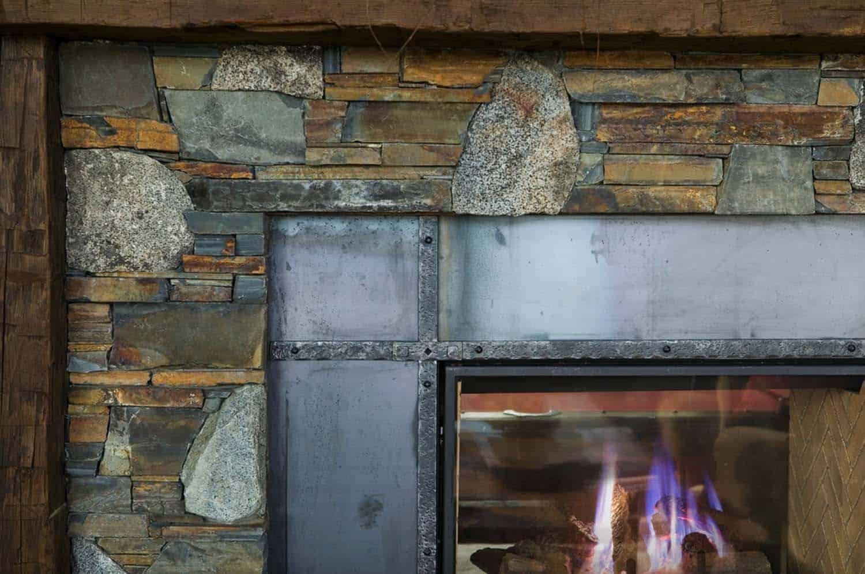 cheminée-salon-rustique