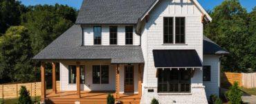 front-exterior-farmhouse