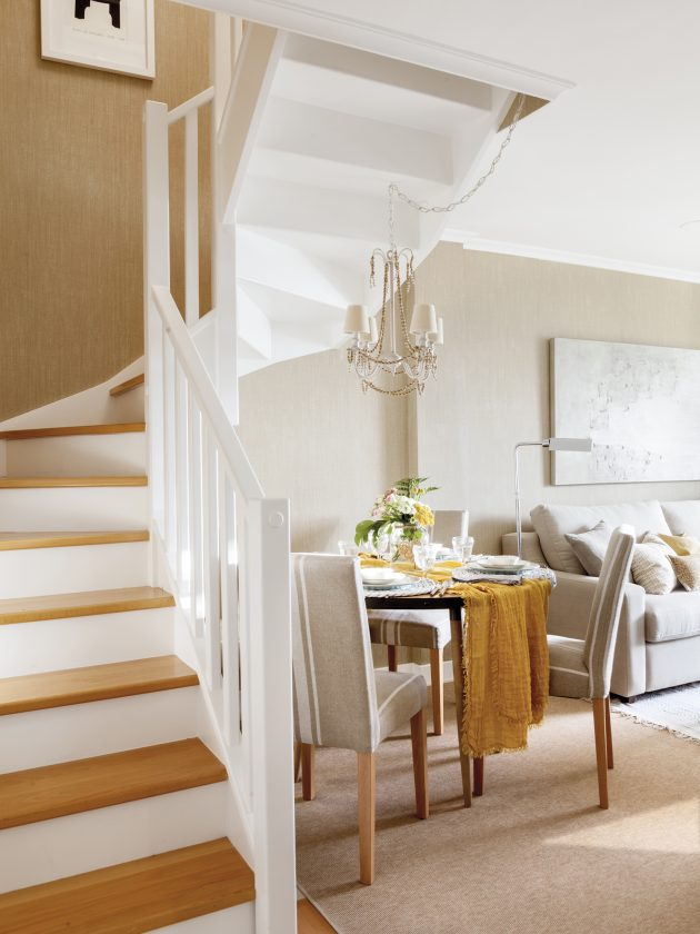 Petit Et Charmant Duplex Avec Un Grand Plan D'Architecture