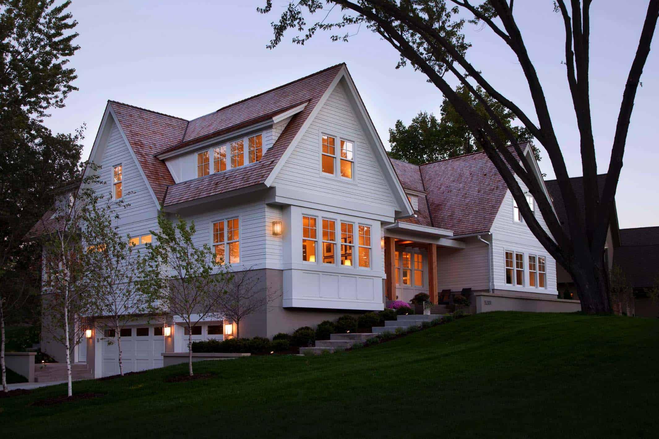 bardeau-moderne-style-maison-avant-extérieur