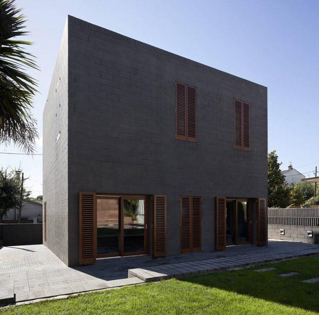 Maison 804 par H Arquitectes à Parets del Valles, Espagne