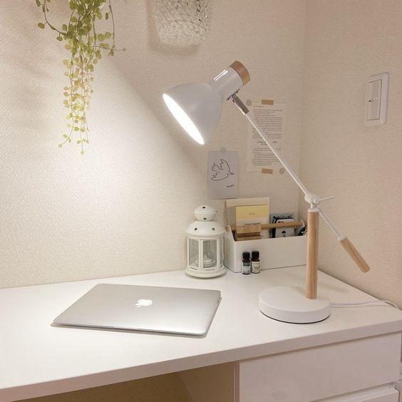 9 lampes de bureau pour un bon début d'année scolaire
