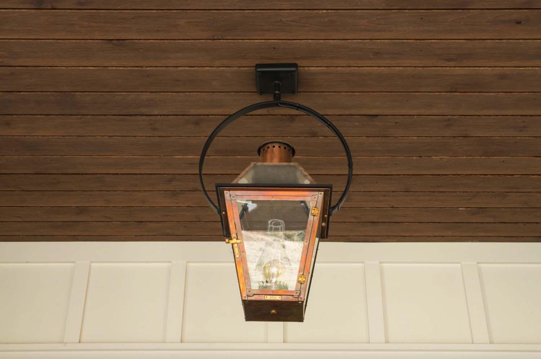ferme-exterieur-lanterne