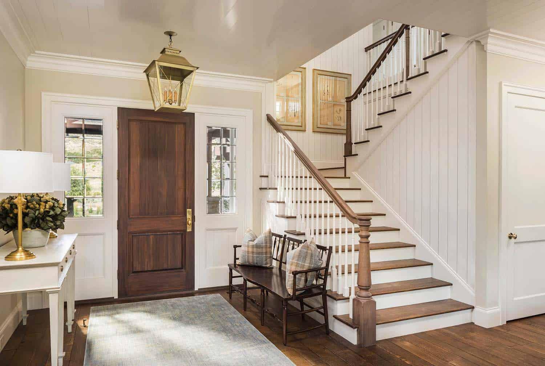 escalier-entrée-ferme